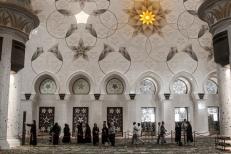 Novembre 2013: Abu Dhabi, interno della grande Moschea