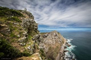 Cape Point, praticamente parallelo al Capo di Buona Speranza promontorio di 200 metri importante e pericoloso punto di riporto nautico.