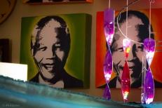 Nelson Mandela è un simbolo per la città e per tutto il Sud Africa, la sua immagine compare sotto ogni tipo di rappresentazione.