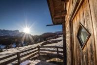 Comelico, l'ultima neve resiste al caldo di Aprile