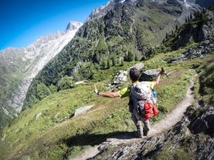 In cima, ultimi sguardi sulla Valle di Arpette